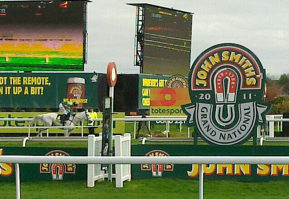 2011_Grand_National_cropped