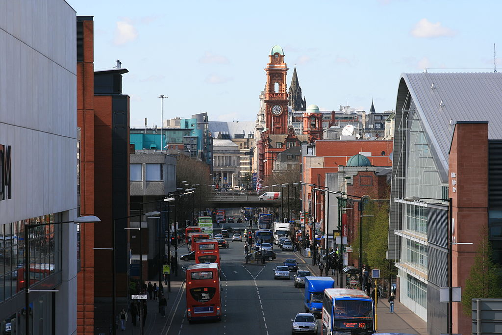 1024px-Oxford_Road_Manchester