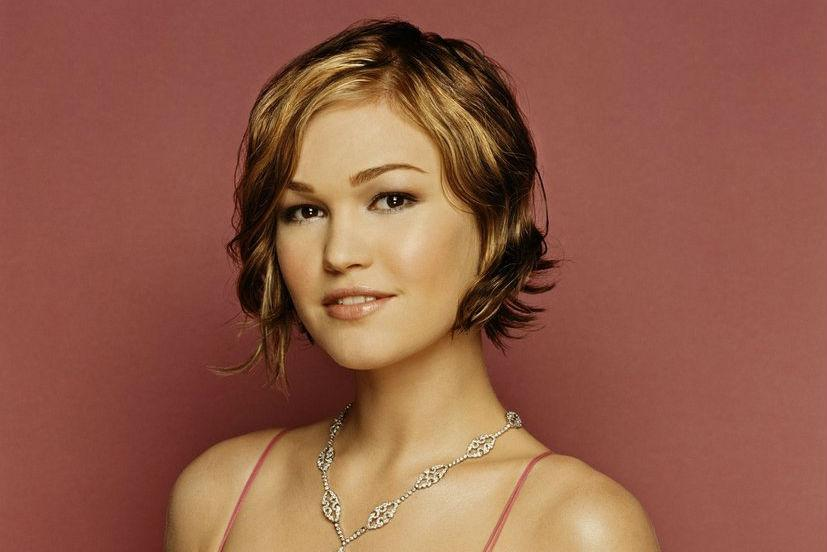The Darling Life Julia Stiles Where Is She Now