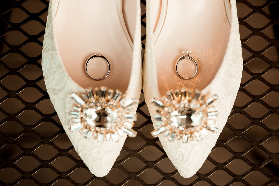 wedding-shoes-2207205_960_720