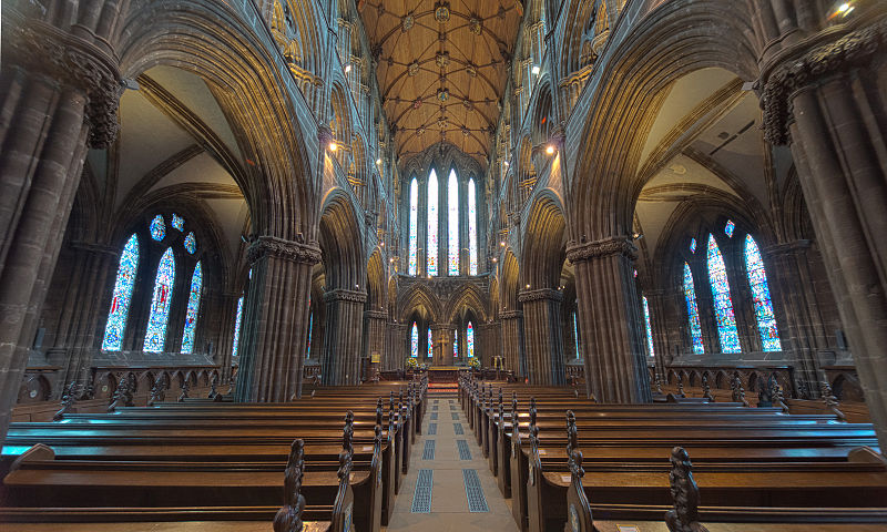 800px-Glasgow_Cathedral_(HDR)_(8038797339)